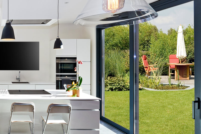Strata Build house refurbishment and home extensions in Surrey